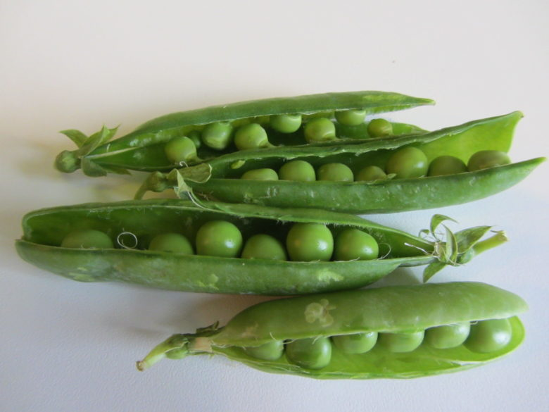salad of fresh peas