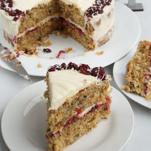 Carrot, cranberry and orange Christmas cake by How to cook ...